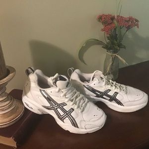 Asics white tennis shoe